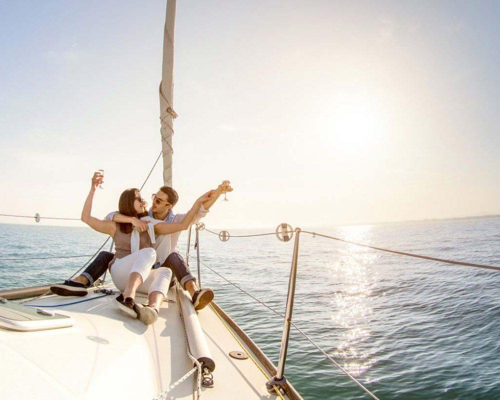 Romantic Sailing Experience